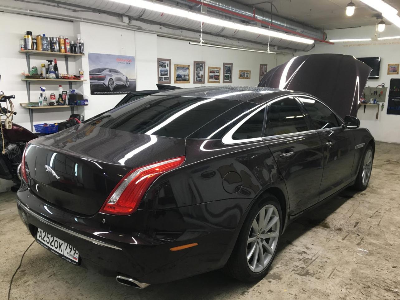 Глянцевая пленка для автомобилей – оклейка глянцевой пленкой в Москве, цены на оклейку машины, ImageCars